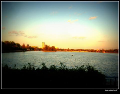 Herăstrău Park Lake Walk sunset Bucureşti Bucharest