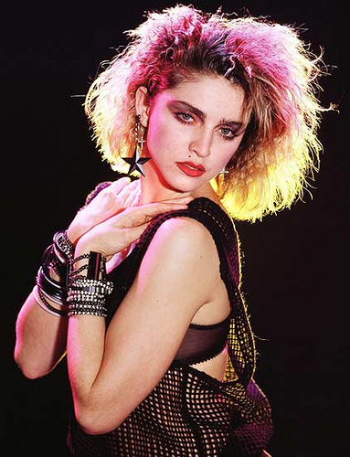 Weird Madonna 90s Trend Bleached Hair Thick Dark Eyebrows
