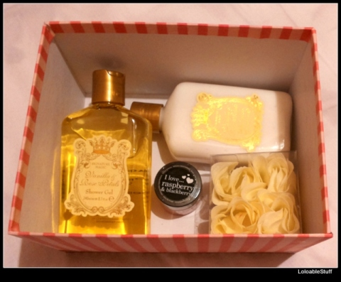 vanilla rose petals gift box shower gel body lotion I love strawberry lip balm idea woman's day